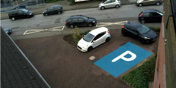 Parkplatz Knechtstedener Straße 8 Dormagen