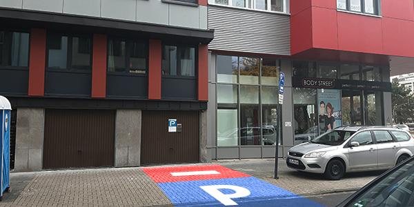 Parkplatz Domstraße 97 Köln