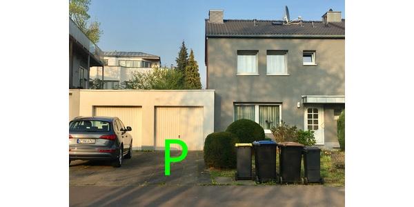 Parkplatz Lahnstraße 8 Köln