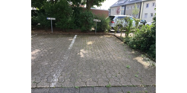 Parkplatz Teuschstraße 1 Dormagen