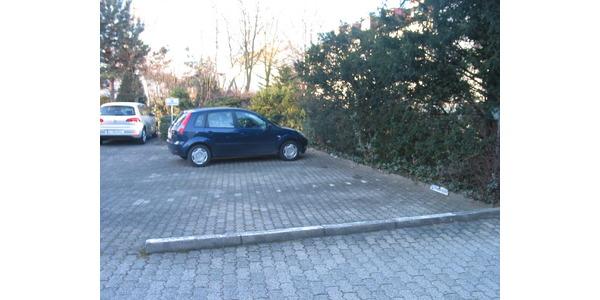 Parkplatz Große Nelkenstraße 22 Frankfurt